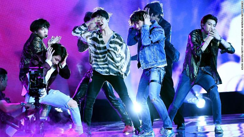 BTS earns First No.1 album on Billboard 200 Chart